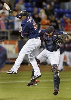 122280_Mariners_Twins_Baseball